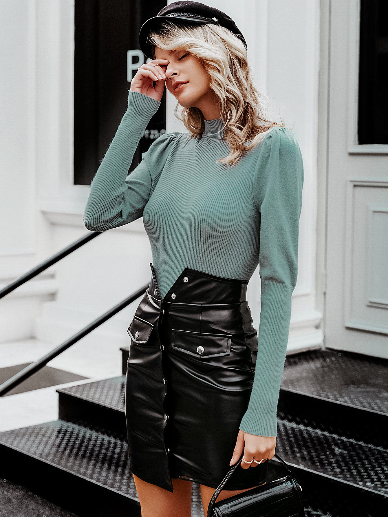 2019 new solid color sweater fashion women's wholesale NHDE190184