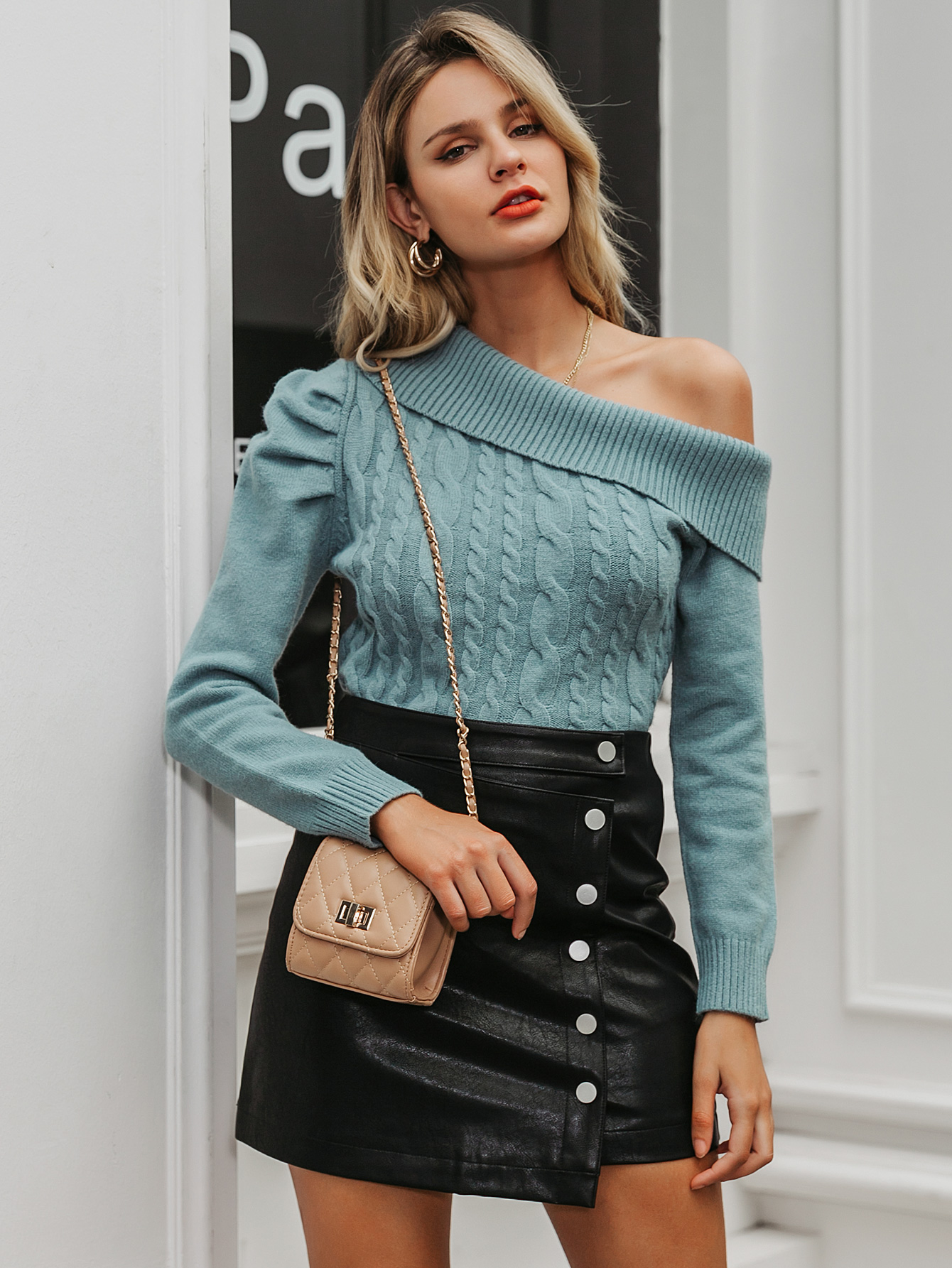 2019 new sexy strapless sweater fashion women's wholesale NHDE190230