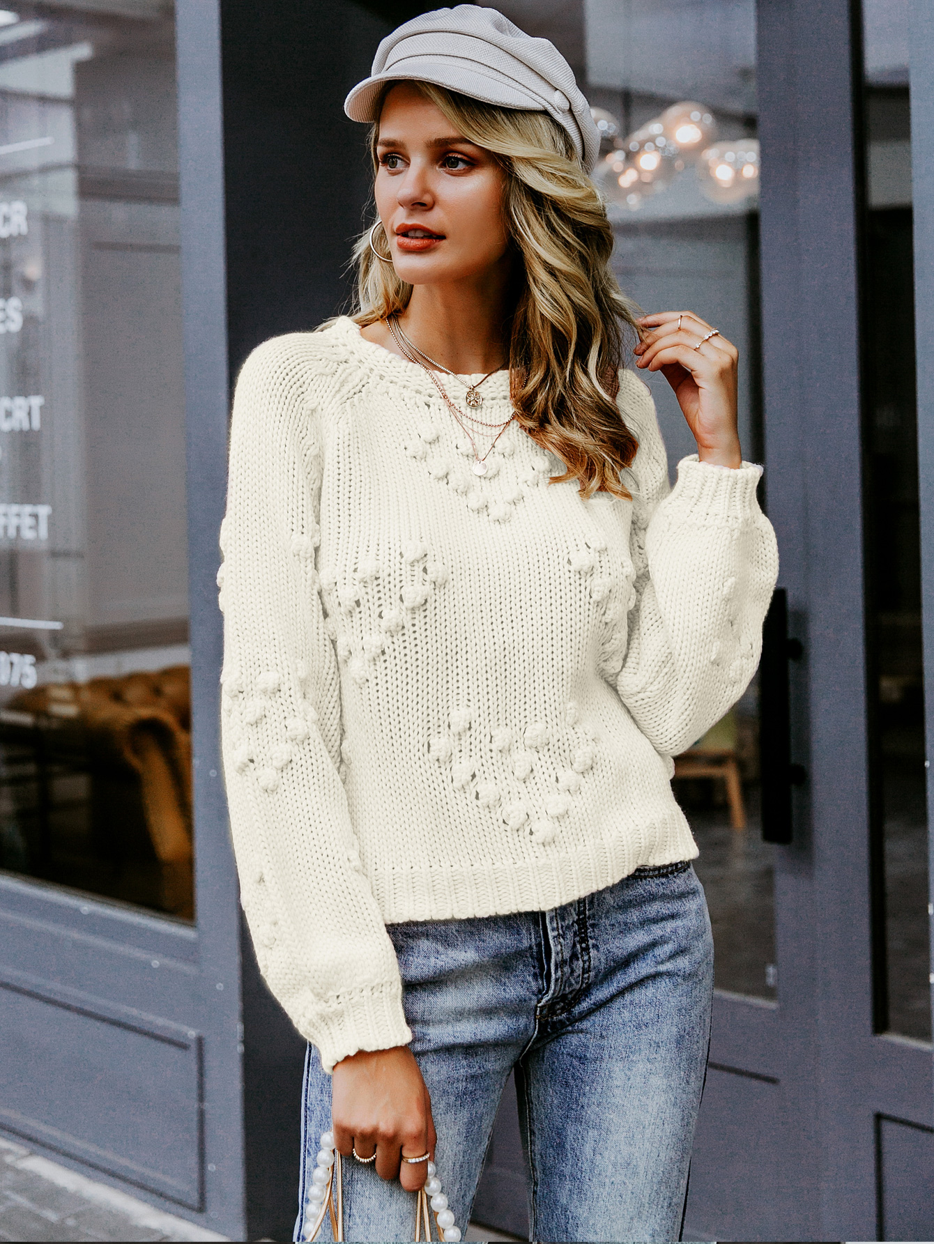 2019 new round neck thick sweater fashion women's wholesale NHDE190254