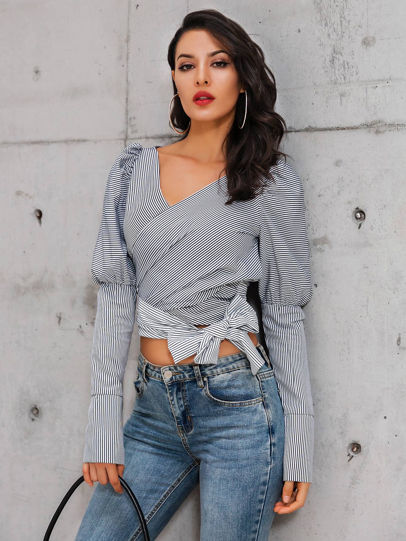 V-neck exposed navel top long sleeve Wholesale Fashion Women's Clothing NHDE195915