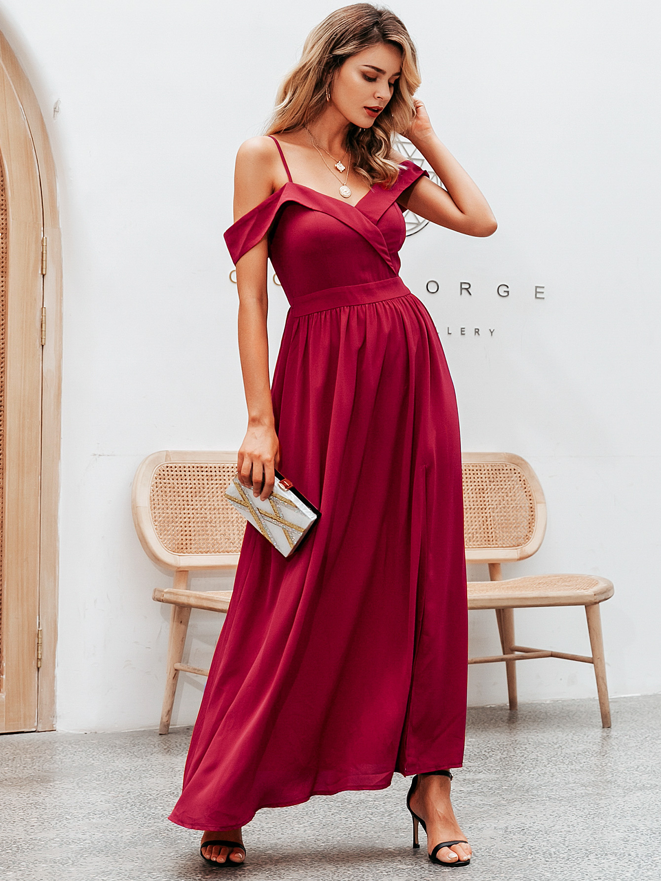 Fashion women's dress wholesale solid color strapless sexy dress with straps NHDE198593
