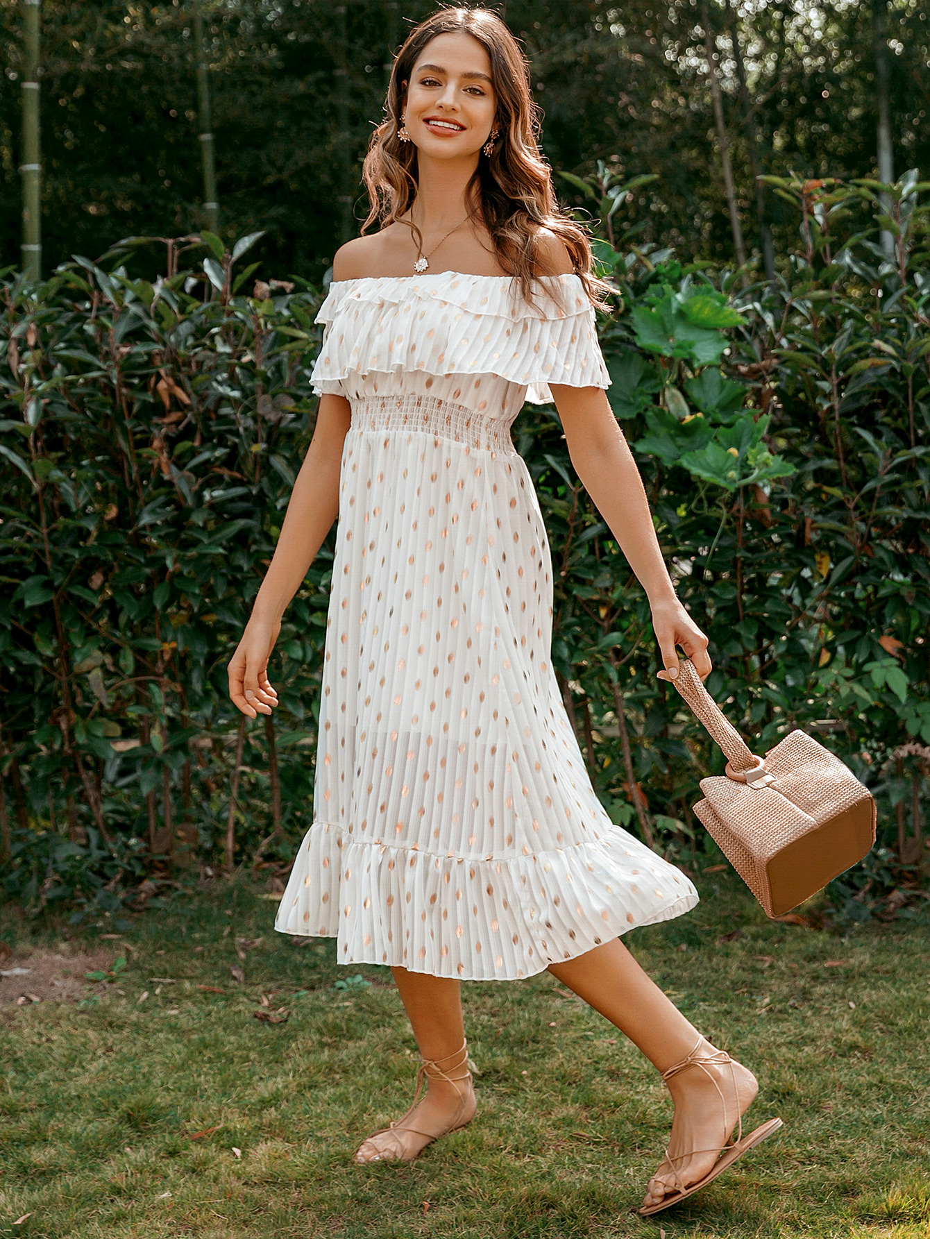 Solid color sweet word shoulder lace dress wholesale fashion women's clothes NHDE201712