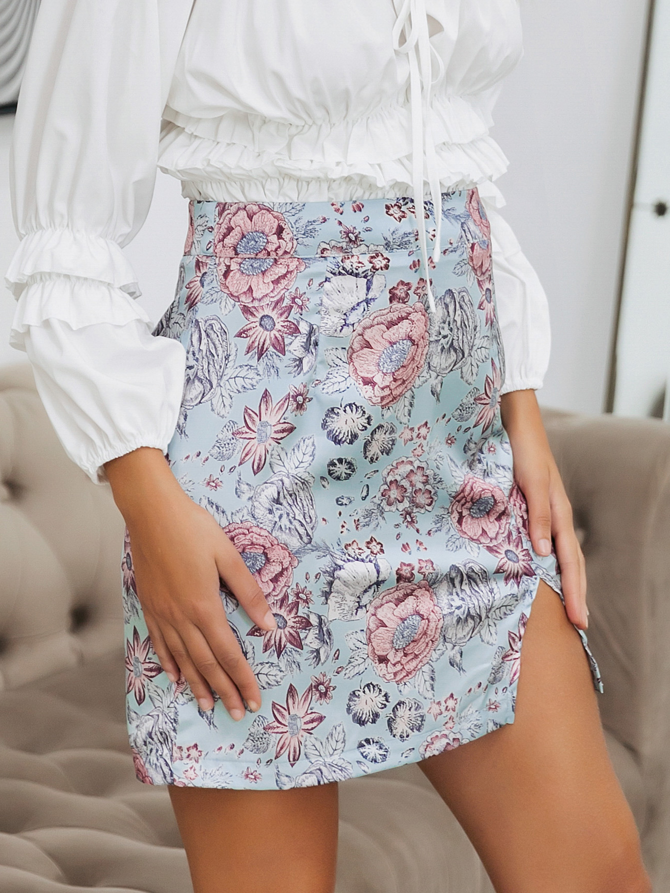 Legs with slightly split ends sexy half-length mini skirt fashion women's clothing wholesale NHDE201727