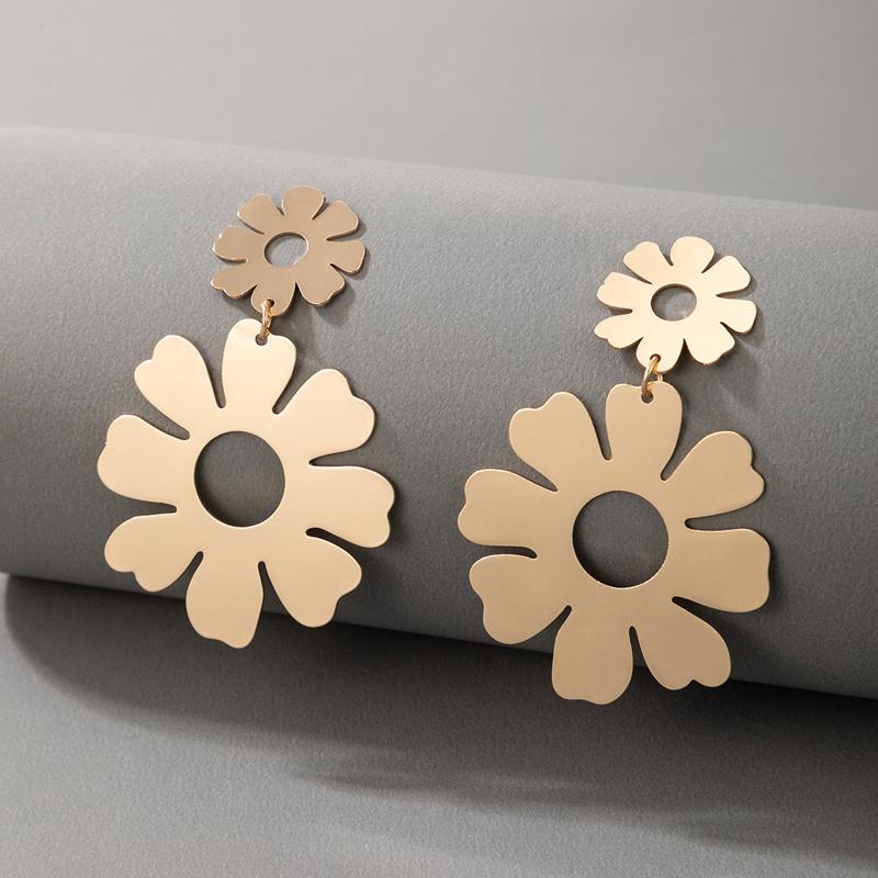 bohemian style alloy flower earrings NHGY336743