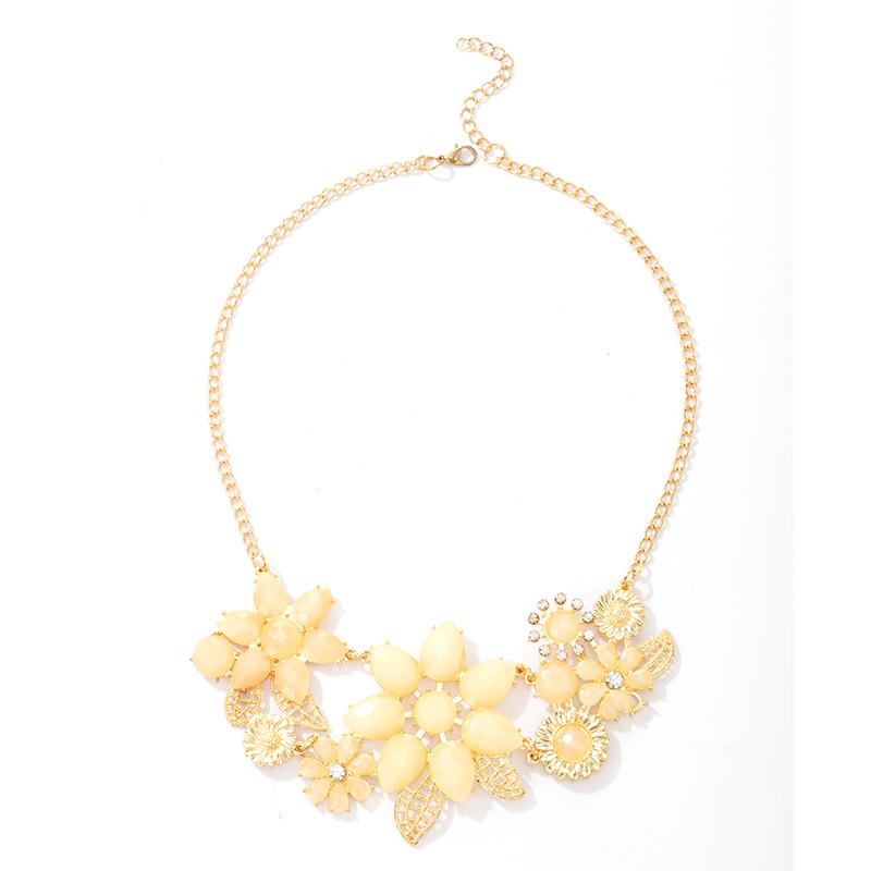 New Fashion Yellow Hollow Flower Necklace NHGY366476
