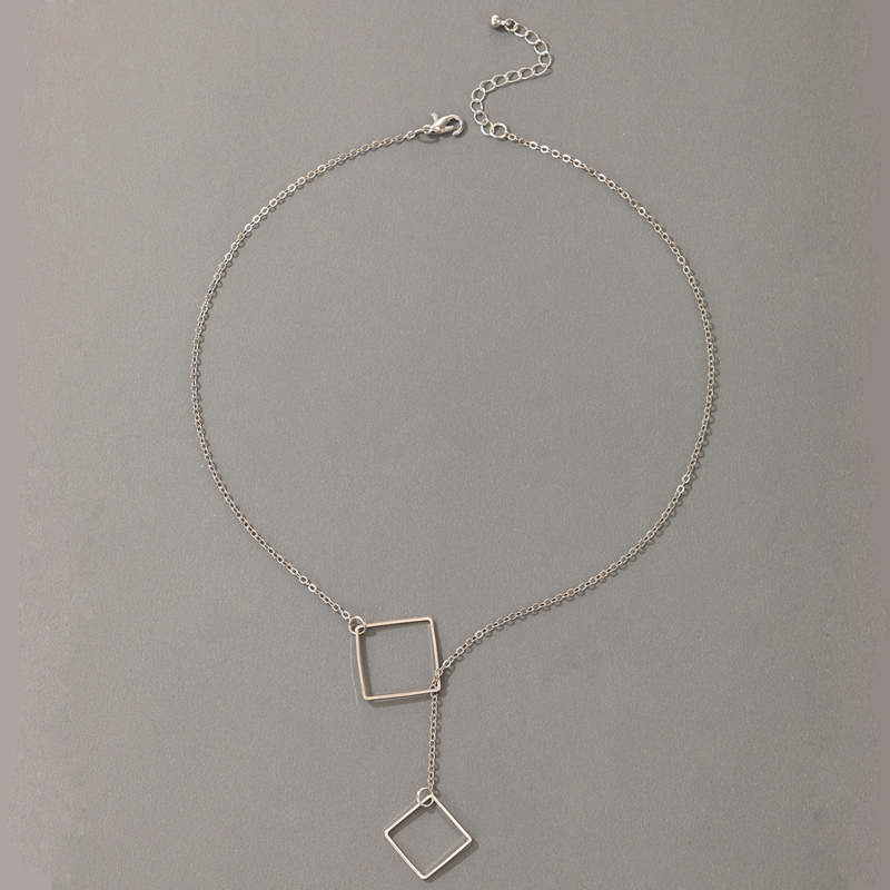 Nihaojewelry simple alloy diamond buckle square pendant necklace Wholesale jewelry NHGY374936